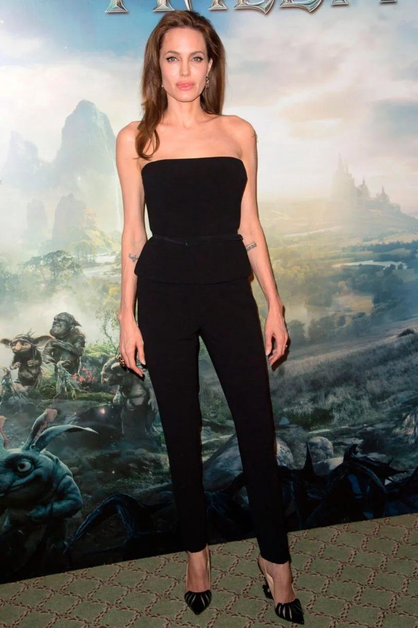 Thời trang Angelina Jolie qua hai thập niên - page 2 - 20