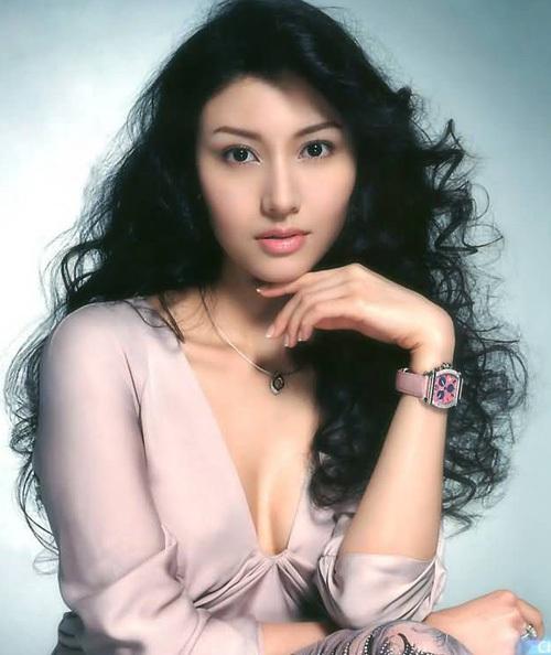 Nhan sắc Hoa hậu đẹp nhất Hong Kong qua 32 năm - 10