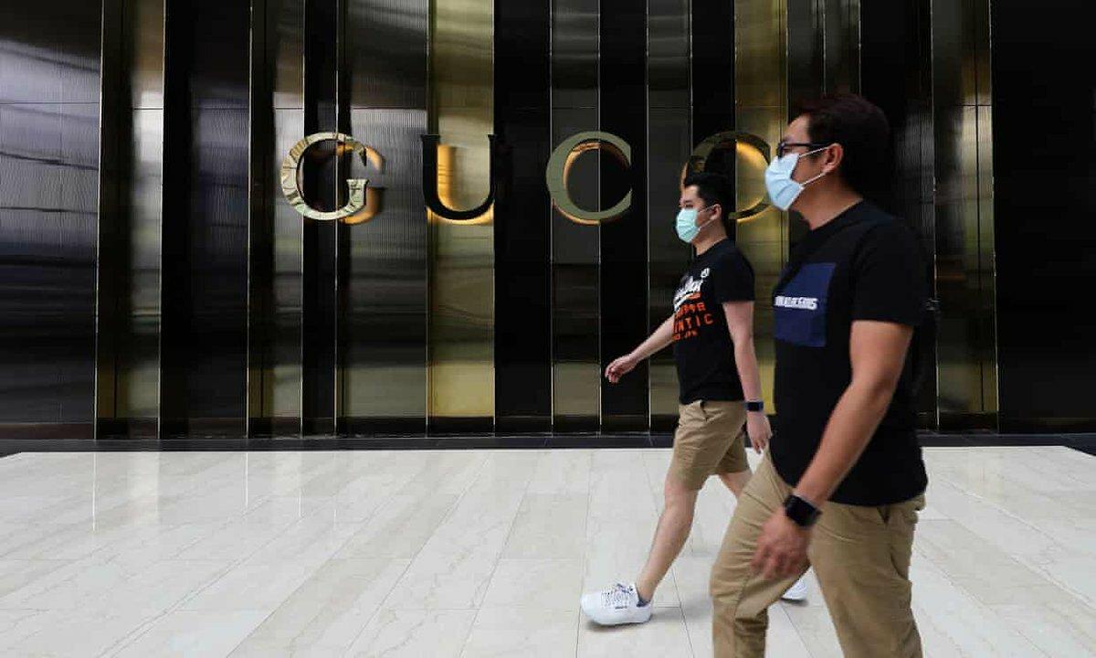 Kinh tế toàn cầu gặp khó khăn vì Covid-19. Ảnh: Luxuo.