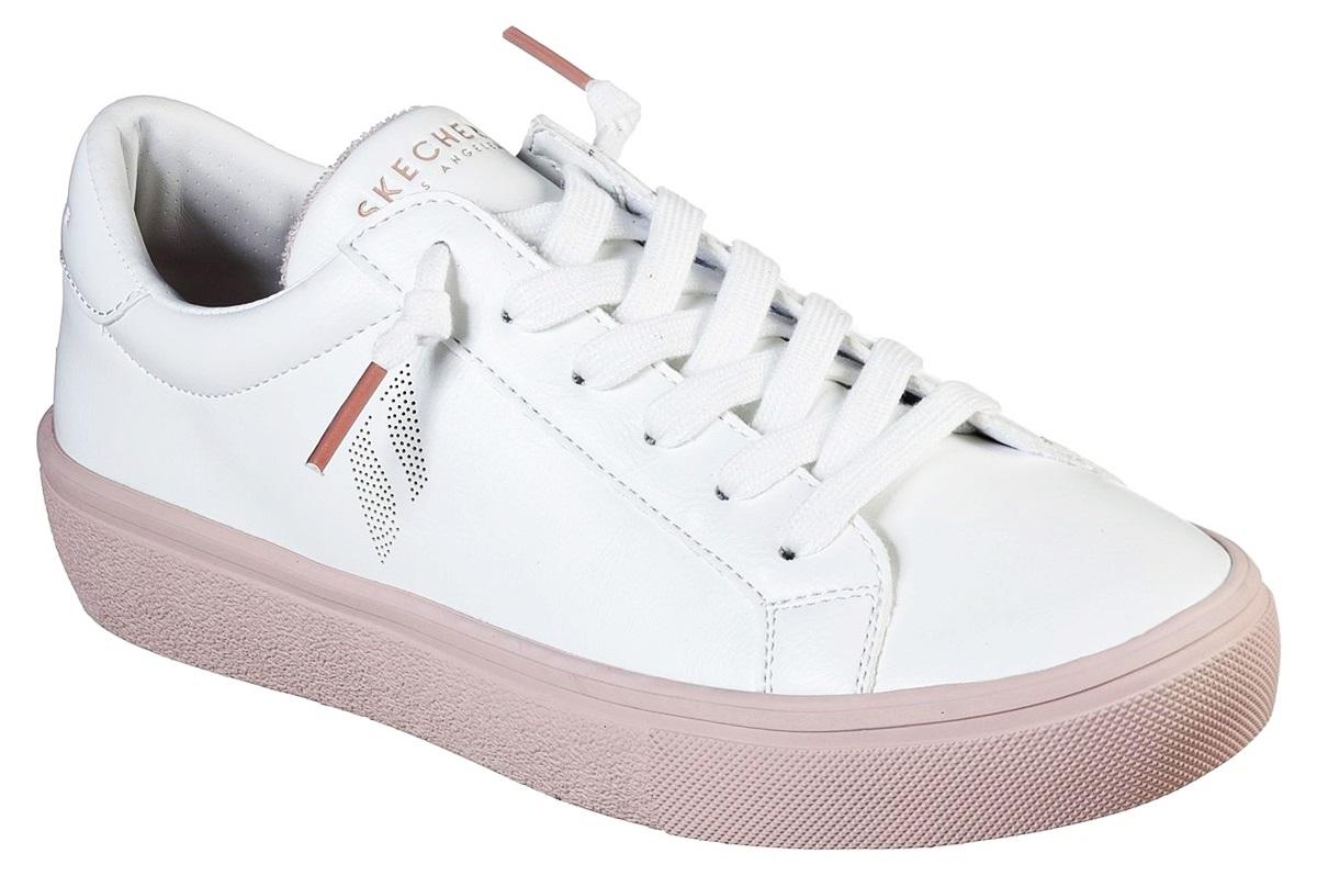 Giày thể thao Goldie 2.0 của Skechers có gam trắng chủ đạo, kiểu dáng phổ thông và giúp các cô gái ăn gian chiều cao nhờ lớp đế chắc chắn. Thiết kế có thể phối với mọi kiểu quần áo.