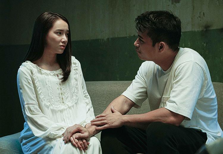 Nhã Phương (trái) trở lại trong phim mới, đóng cặp với Trương Thế Vinh. Ảnh: