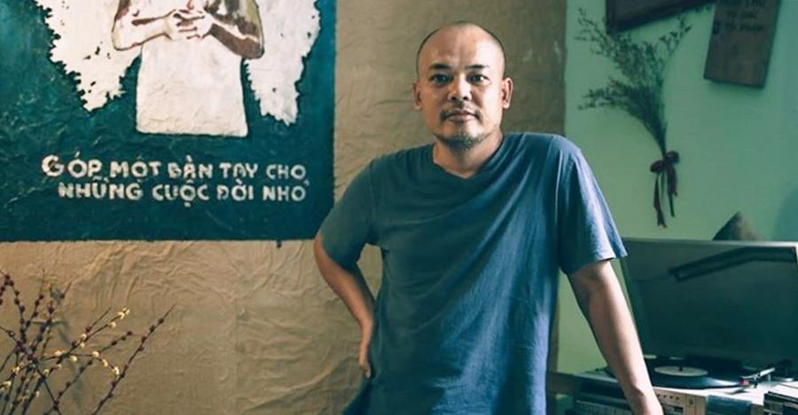 Nhạc sĩ Vũ Mạnh Tân được bạn bè, đồng nghiệp gọi là phù thủy âm nhạc. Ảnh: Facebook.
