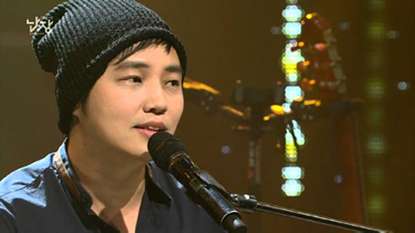 Ca sĩ, nhạc sĩ The Film. Ảnh: Chosun.
