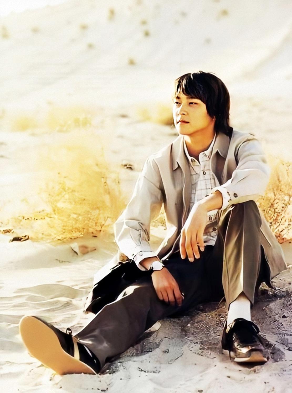 Nhờ diễn xuất, giai đoạn 2005 - 2009, Kang Dong Won liên tục được các đạo diễn mời đóng chính trong loạt bom tấn điện ảnh và đều thành công về mặt doanh thu lẫn nghệ thuật. Trong đó có phim