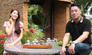 Vợ chồng Ngô Mai Trang vui thú điền viên