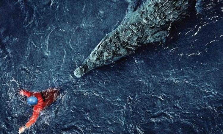 Hình ảnh cá sấu rượt đuổi người trong phim. Ảnh: CJ.