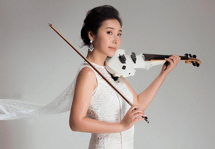 Nghệ sĩ violin Jmi Ko sống và làm việc tại Việt Nam hơn chín năm. Ảnh: Marcus Nguyễn.