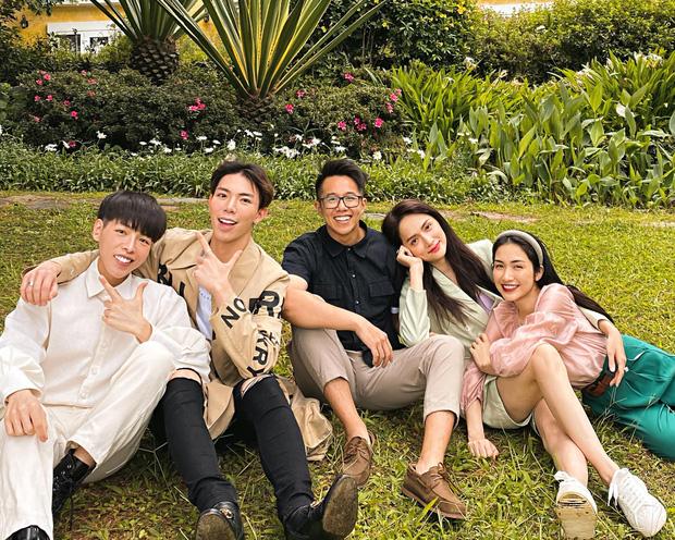 Hương Giang đưa Matt Liu đi nghỉ dưỡng ở Đà Lạt cùng hội bạn thân.
