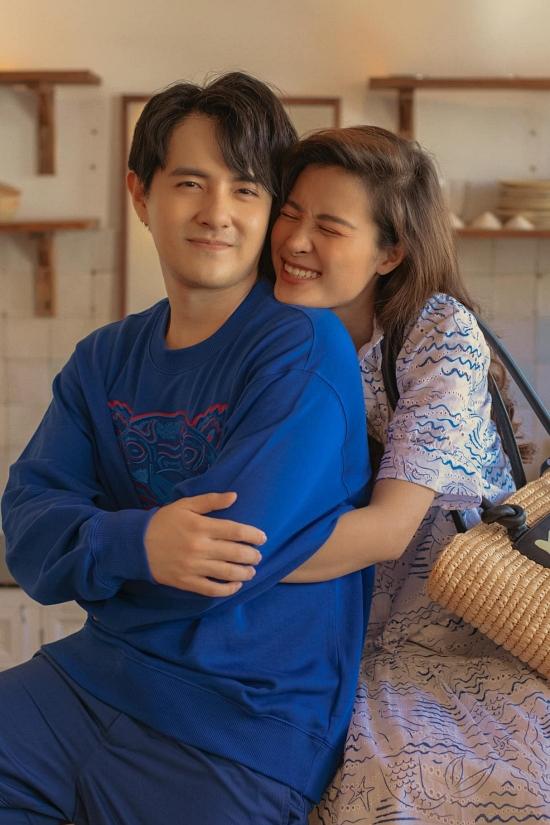 Đông Nhi đi khắp nơi cùng chồng khi mang bầu  - 22