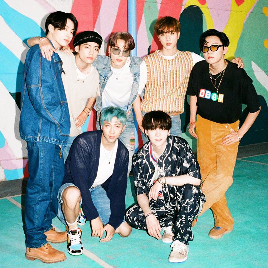 BTS lần đầu phát hành MV bằng tiếng Anh. Ảnh: Bighit.
