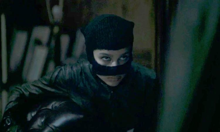 Zoe Kravitz trong vai Catwoman. Ảnh: Waner Bros.