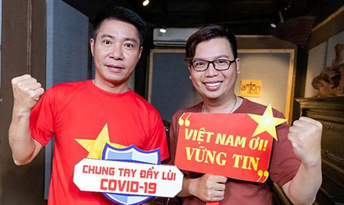 Nghệ sĩ Công Lý (trái) và nhạc sĩ Holy Thắng. Ảnh: HT.