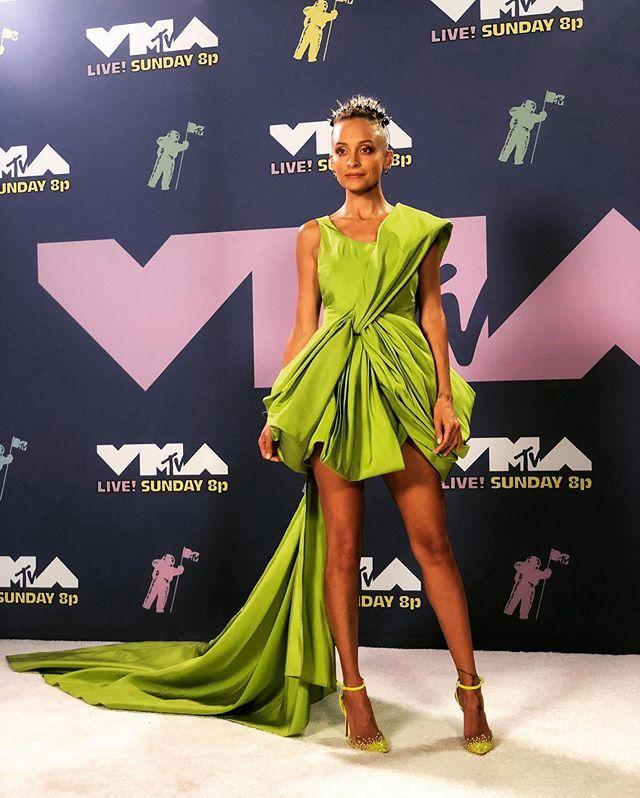 Nicole Richie trên thảm đỏ VMAs lần thứ 37. Ảnh: Instagram Nicole Richie.