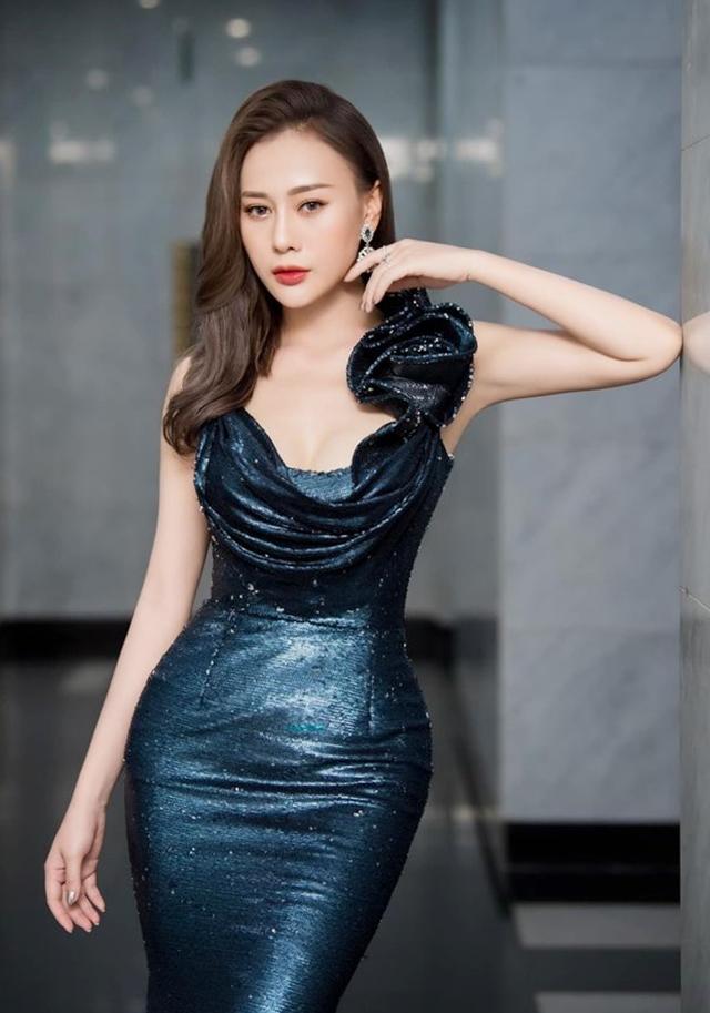 Phương Oanh tham dự lễ trao giải VTV Awards hôm 5/9. Ảnh: Vũ Toàn.