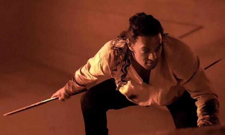 Tài tử Jason Momoa trong vai Duncan Idaho. Ảnh: Warner Bros.