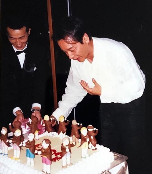 Đường Hạc Đức đăng ảnh Trương Quốc Vinh đón sinh nhật khi còn sống. Ảnh chụp màn hình Instagram Dhttong.