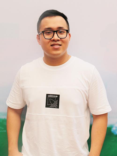 Khương Teddy, tên thật là Võ Duy Khương năm nay 22 tuổi. Ảnh: Quỳnh Quyên.