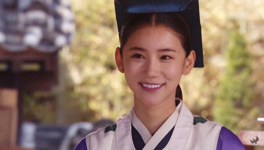 Oh In Hye trong phim The Kings Doctor của đài MBC năm 2012. Ảnh: MBC.