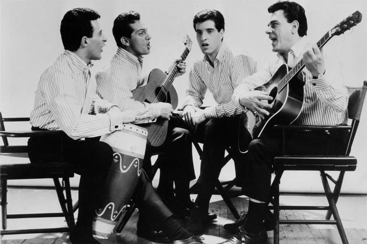 Các thành viên The Four Seasons: Frankie Valli, Tommy DeVito, Bob Gaudio and Nick Massi (thứ tự từ trái qua). Ảnh: Philips Records.