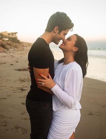 Demi Lovaot nhận lời cầu hôn của bạn trai hồi tháng 7. Ảnh chụp màn hình từ Demi Lovato Instagram.