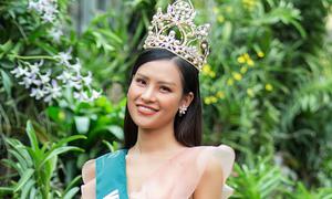 Thái Thị Hoa giới thiệu cảnh đẹp Việt ở Miss Earth