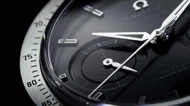 Đồng hồ cao cấp không tạo ra bất cứ âm thanh nào khi kim giây chuyển động.