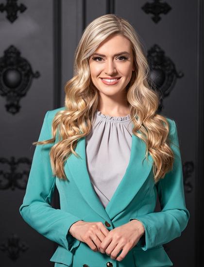Tamara Jemuovic, đại diện Ontario, đoạt danh hiệu Á hậu 1. Trong quá khứ, cô từng đoạt nhiều danh hiệu