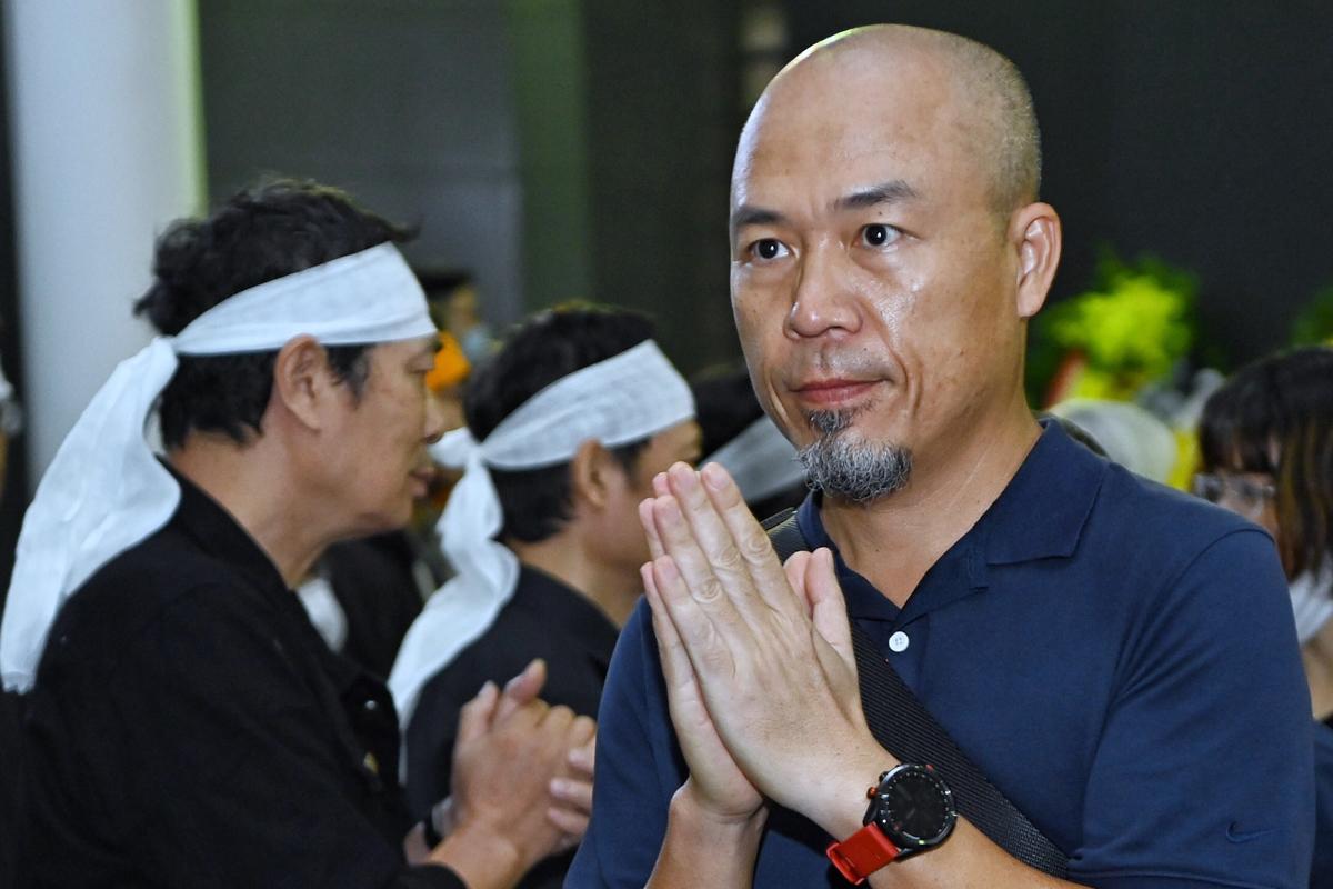 Nhạc sĩ Huy Tuấn chia sẻ cùng gia đình cố nhạc sĩ.