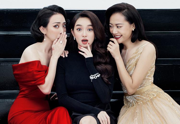 Từ trái qua: Thu Trang, Kaity Nguyễn, Hồng Ánh, ba diễn viên nữ của Tiệc trăng máu. Ảnh: