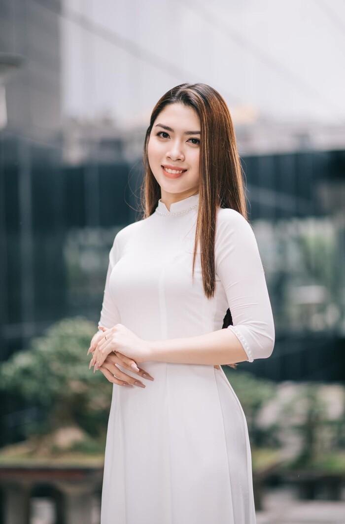 Người đẹp đăng ký thi Hoa hậu Việt Nam để có trải nghiệm đẹp trước khi bước sang tuổi 20.