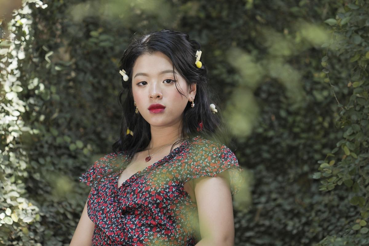 Hồng Khanh dự định ra mắt với vai trò ca sĩ trong năm 2021 với một số sản phẩm âm nhạc, hợp tác nhạc sĩ Lê Khánh Toàn. Ảnh: