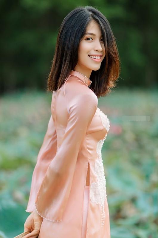 Huỳnh Thị Như Quỳnh, sinh năm 2002, gây chú ý tại cuộc thi Hoa hậu Việt Nam 2020 vì giống siêu mẫu Minh Tú.
