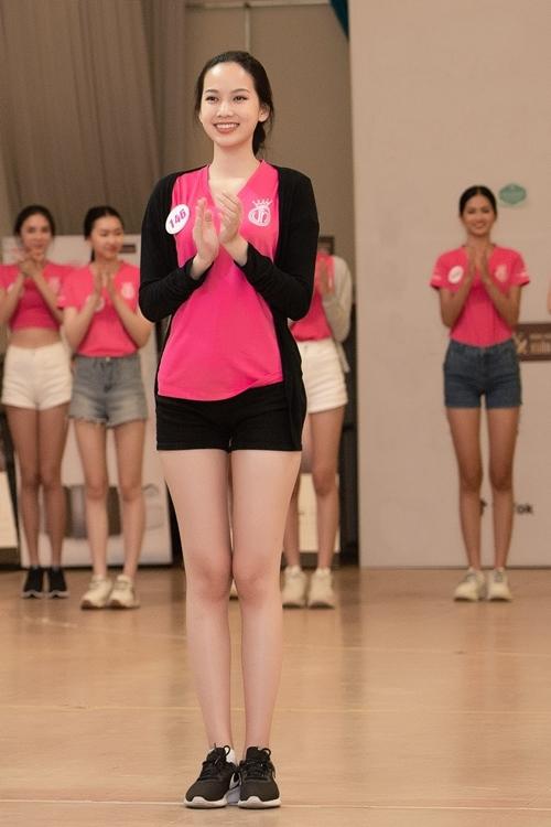 Phạm Thị Phương Quỳnh (Đồng Nai) thể hiện phong độ ổn định suốt cuộc thi. Cô được kỳ vọng vào Top 3.