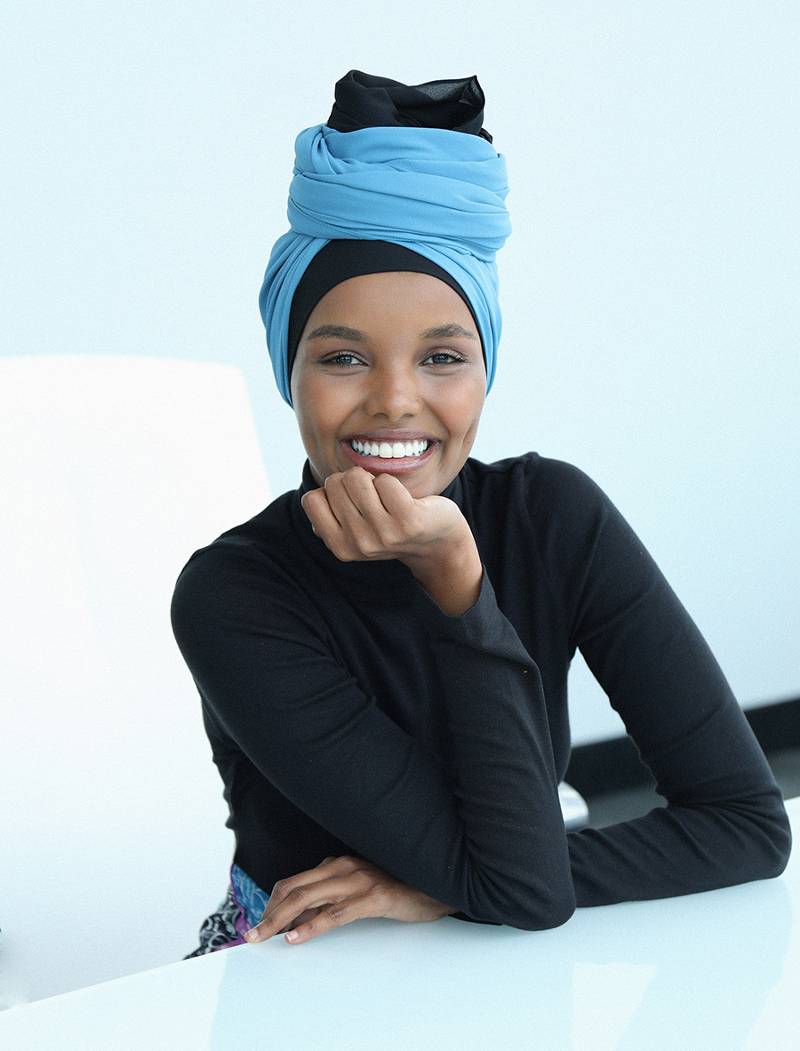 Người mẫu Halima Aden. Ảnh: Vogue.