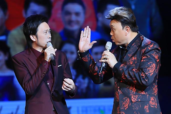 Chí Tài và Hoài Linh là cặp bài trùng ăn khách trong làng hài đầu thập niên 2000. Ảnh: Fanpage Chí Tài.