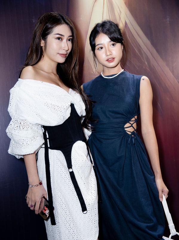Ca sĩ Khổng Tú Quỳnh (trái) và diễn viên Trịnh Thảo. Cả hai cũng thành viên trong nhóm Ngựa Hoang của phim Nụ hôn rực rỡ. Sau khi phim ra mắt, họ trở thành những người đồng nghiệp thân thiết của Hoàng Yến.