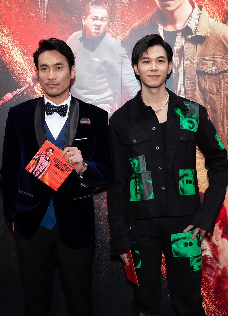 Kiều Minh Tuấn (trái) đối đầu Thu Trang trong phim mới với vai Thắng Khùng - một tay giang hồ tính cách bất thường, hành xử tàn nhẫn. Anh Tú có nhiều đất diễn hơn phần một khi vào vai Kẽm Gai - đàn em của chị Mười Ba.