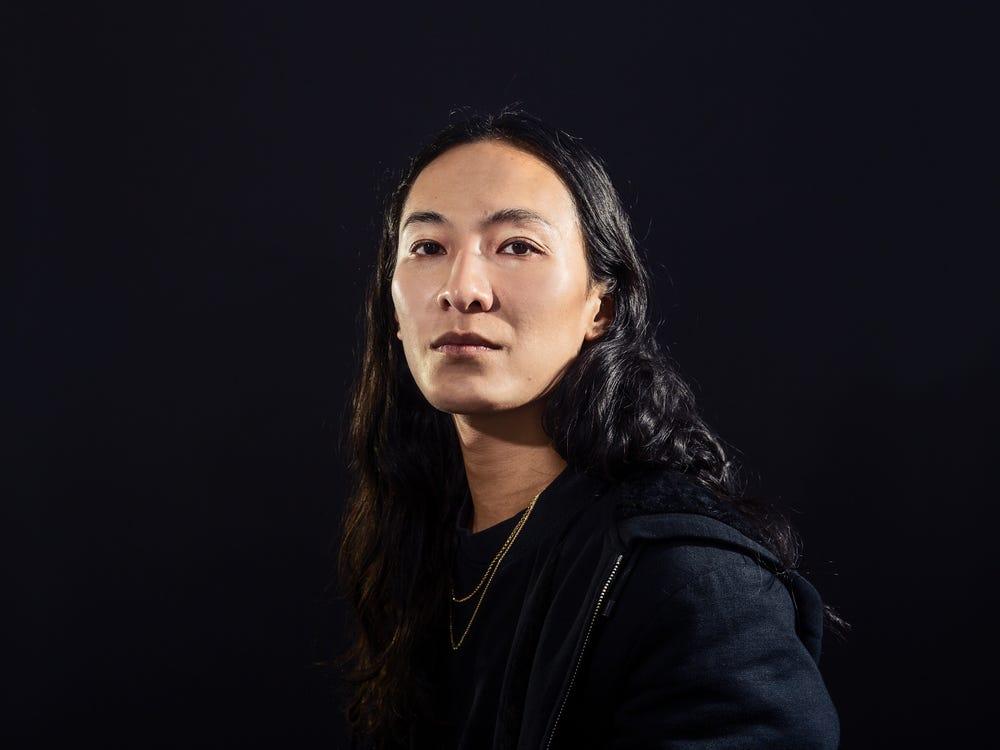 Nhà thiết kế Mỹ gốc Đài Loan Alexander Wang. Ảnh: Business Insider.