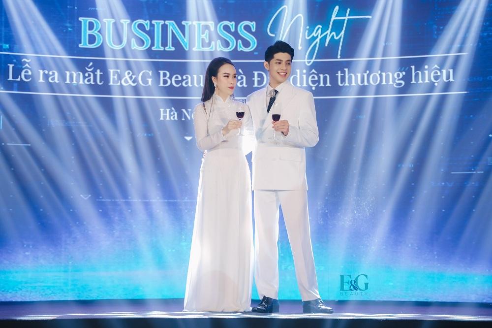 Noo Phước Thịnh và Tổng giám đốc Dương Thị Thanh Mai chia sẻ về E&G Beauty.