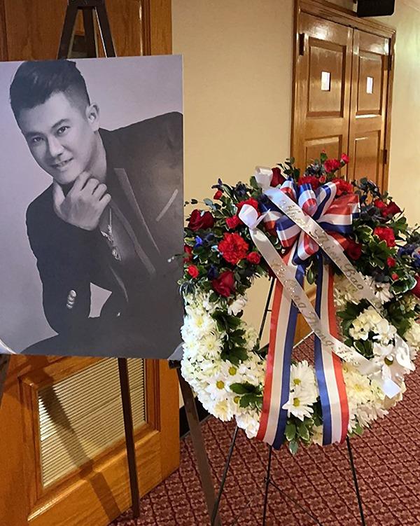 Lễ an táng ca sĩ diễn ra tại nhà quàn Kutis Funeral Home. Ảnh: Hàn Thái Tú.