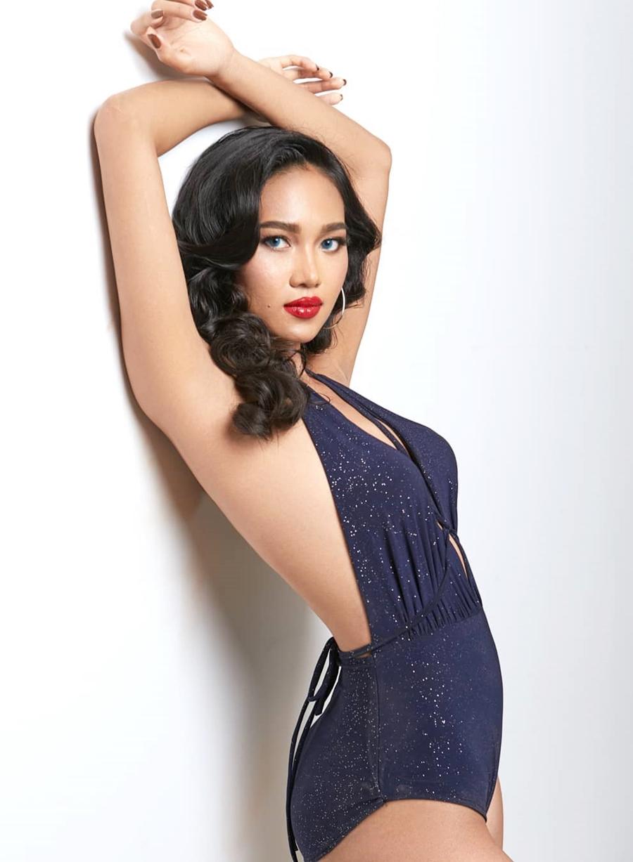 Cô có chứng chỉ trang điểm quốc tế và mong muốn trở thành nhà trang điểm và tạo mẫu tóc chuyên nghiệp.