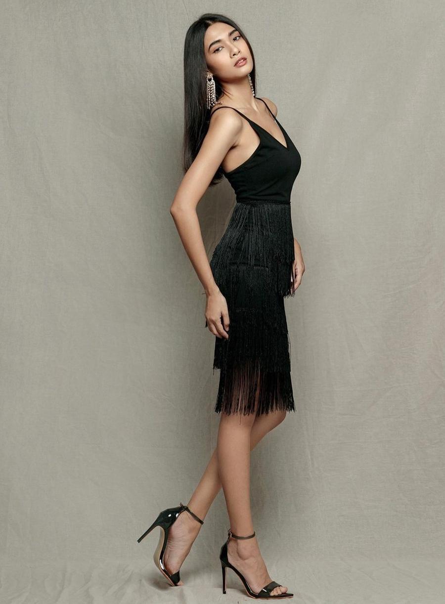 Nhiều chuyên trang sắc đẹp đánh giá cô là một trong những đại diện xuất sắc của châu Á và dự đoán vào top 5 Miss Universe 2021.