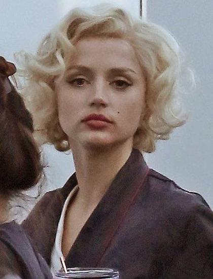 Ana de Armas hóa thân Marilyn Monroe trong Blondie. Ảnh: Lofficial