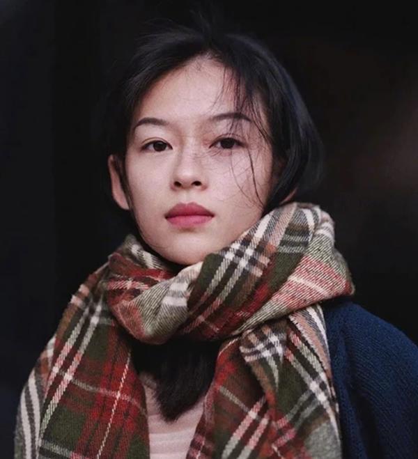 Cô gái Việt giống Chương Tử Di - 4