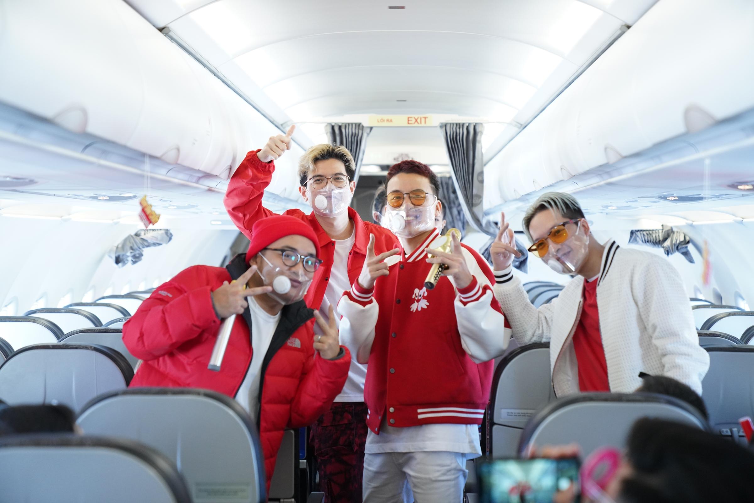 MV Có hẹn với bầu trời ra mắt 20h ngày 27/1, thu hút sự quan tâm của khán giả nói chung và người yêu nhạc Da LAB nói riêng.
