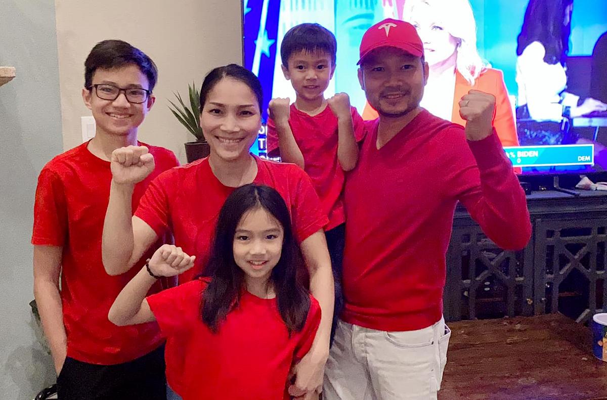 Hồng Ngọc bên chồng, con. Ảnh: Facebook Hong Ngoc Nguyen.
