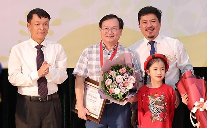 Nguyễn Nhật Ánh viết về lì xì ngày Tết