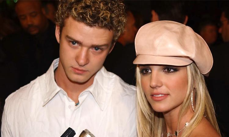[Caption]aJustin Timberlake (trái) và Britney Spears hẹn hò từ năm 1998 đến 2002. Ảnh: Glamour.