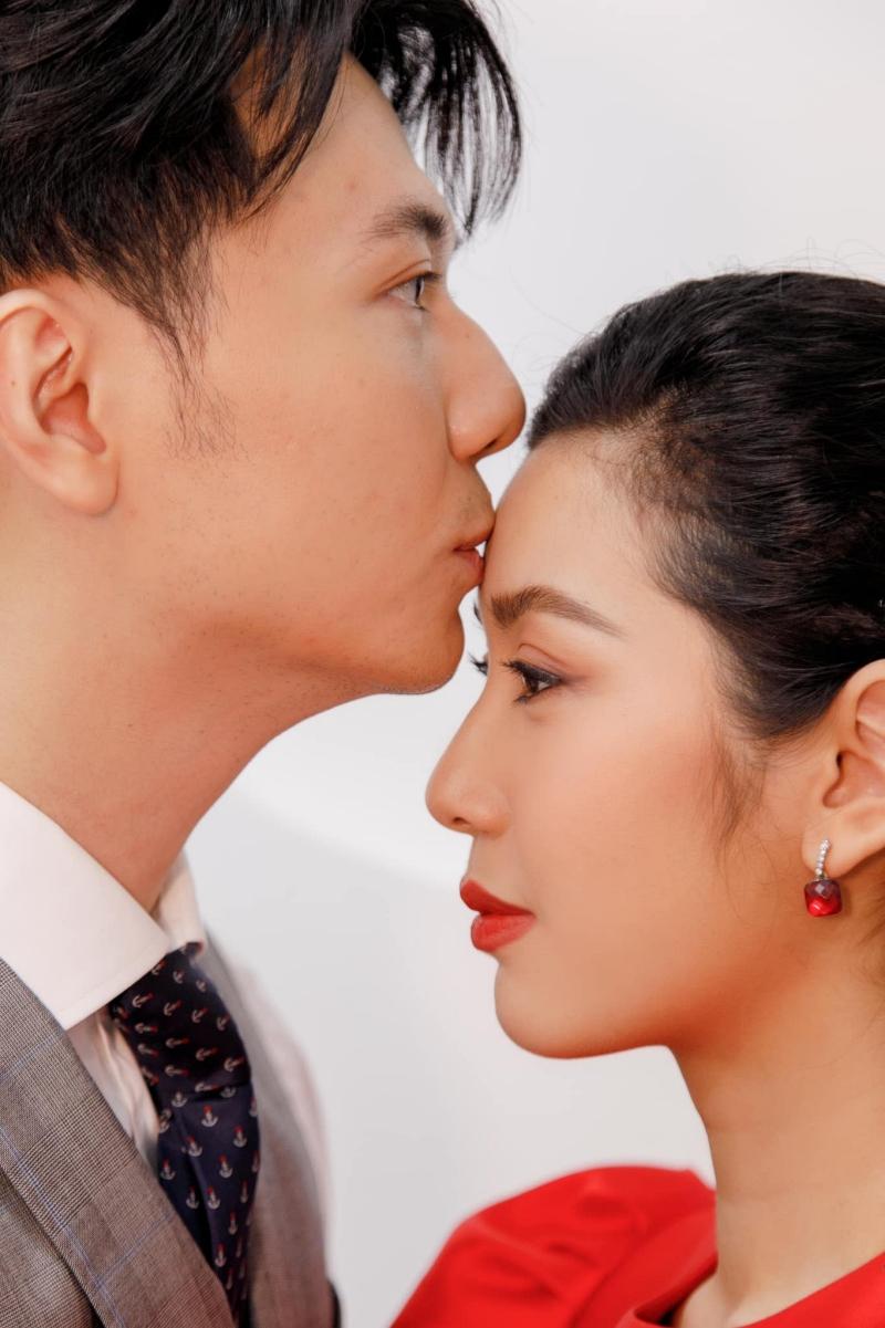 Doanh nhân Nhật Vũ nói với Thúy Vân: Kết hôn là lựa chọn đúng đắn nhất của chúng ta. Cả hai tổ chức đám cưới và sinh con trong năm 2020.