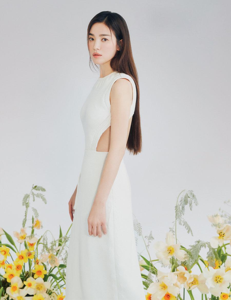 Minh tinh Hàn cho biết: Tôi rất vui khi trở thành thành viên của Fendi và đại sứ thương hiệu. Tôi mong đợi hành trình cùng nhà mốt trong tương lai.